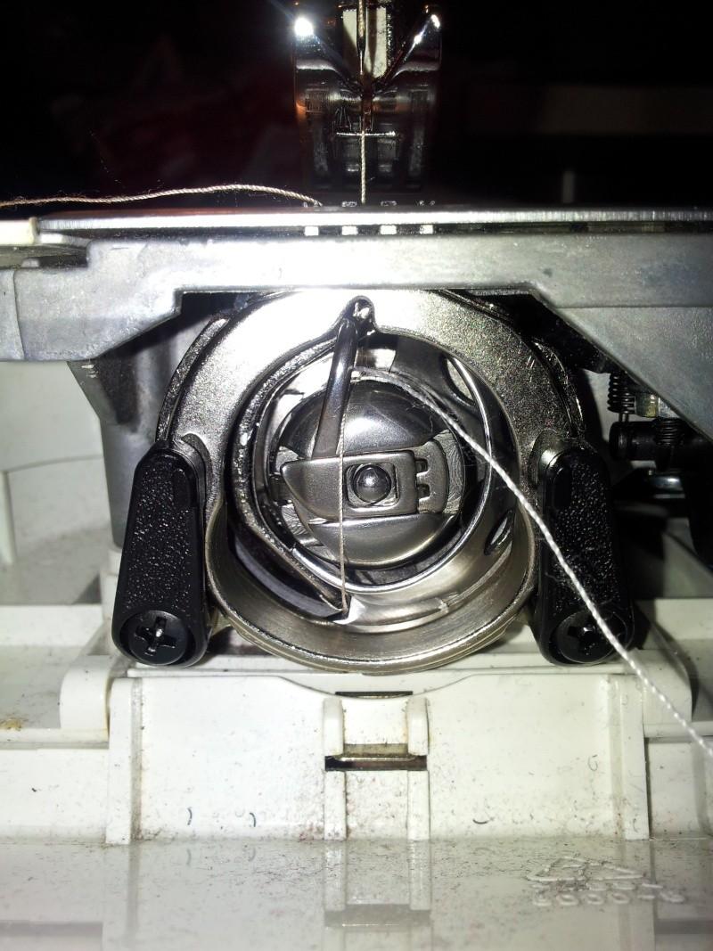Fil bloqué machine à coudre