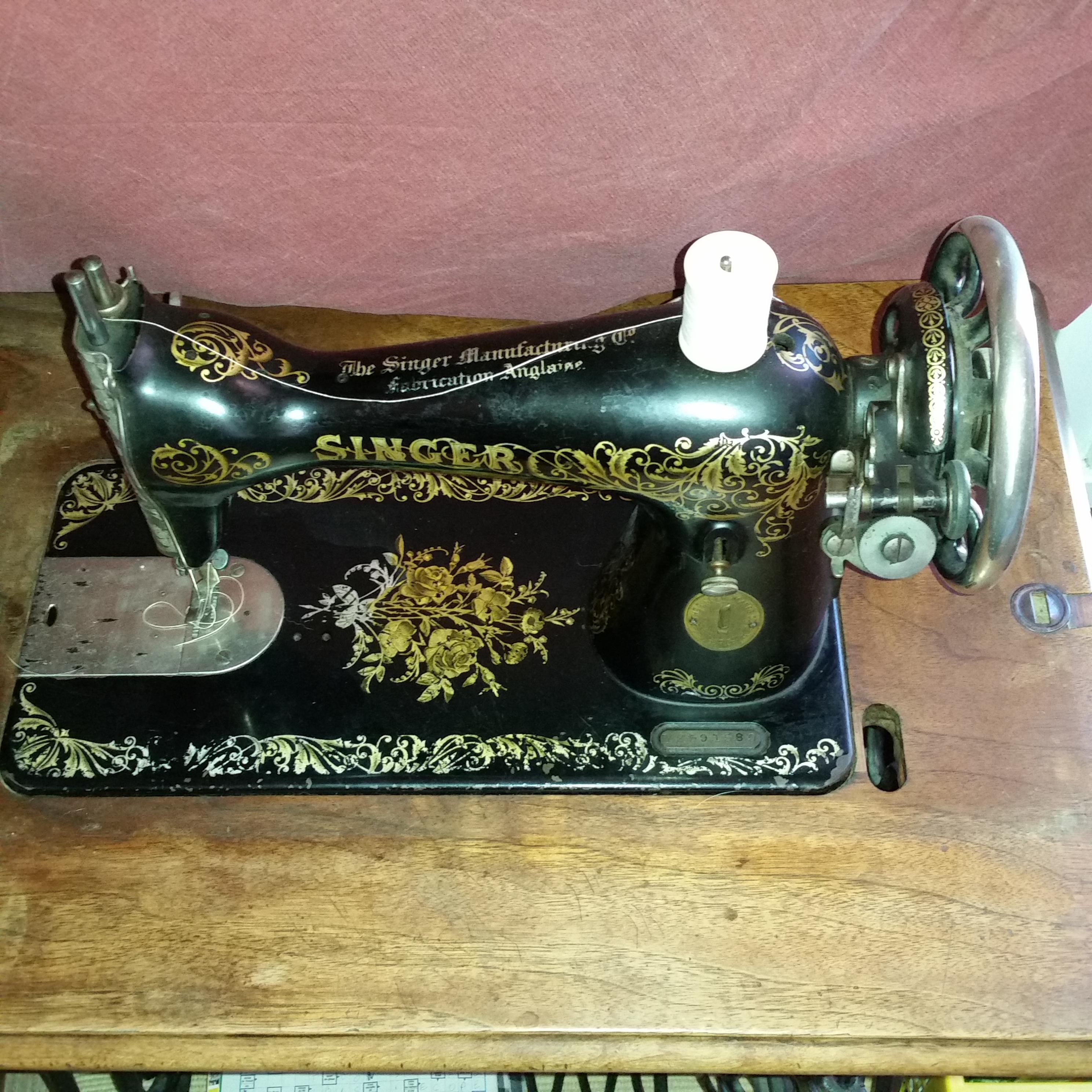 Faire une canette vieille machine à coudre singer