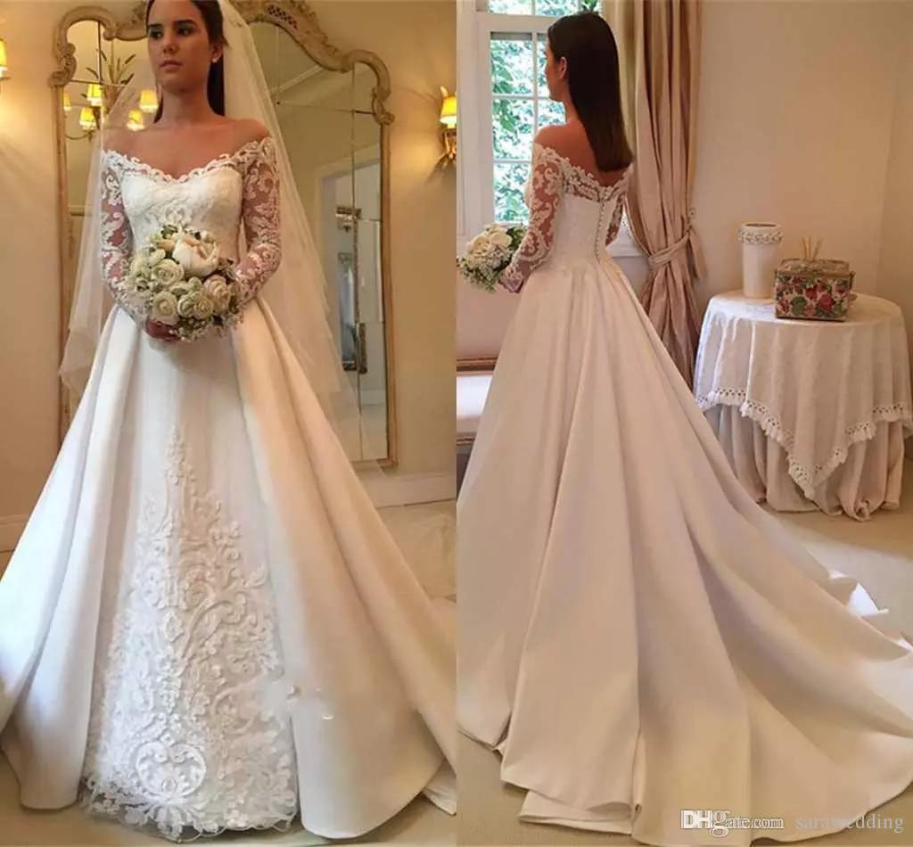 Robes de mariée satin