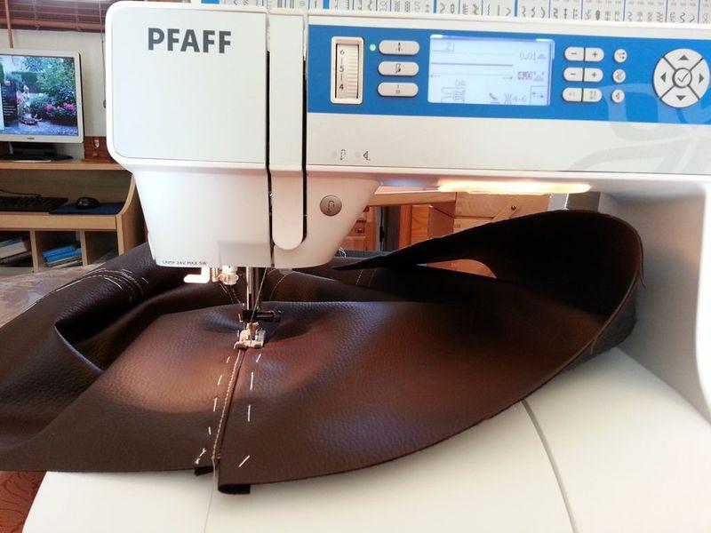 Machine a coudre pour coudre cuir