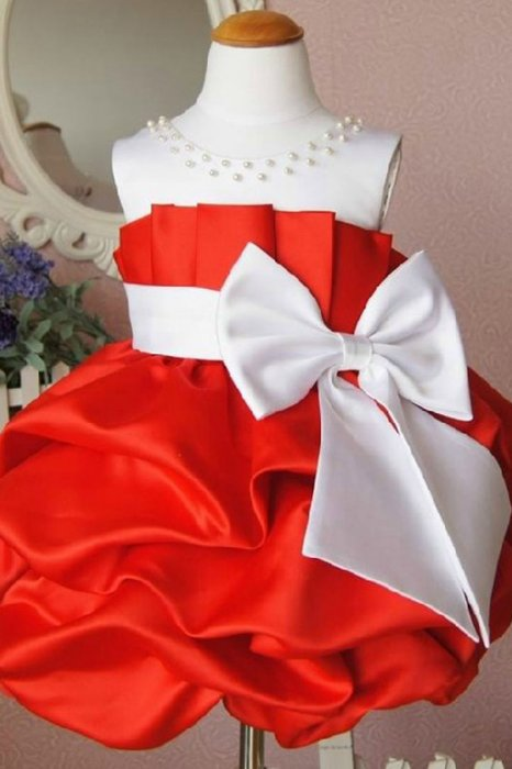 Robe fille blanche et rouge