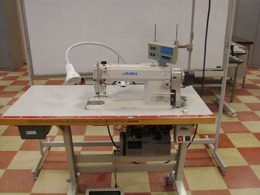 Table machine a coudre occasion