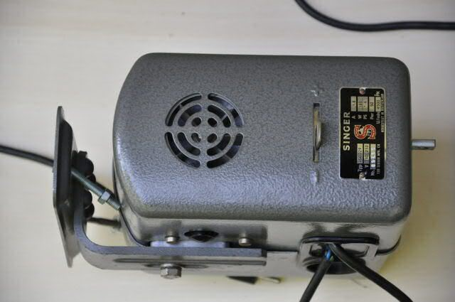 Machine a coudre singer 307g2