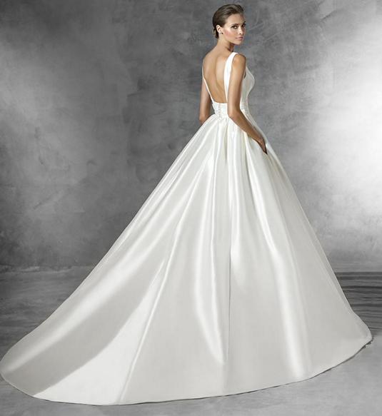 Quelle robe de mariée pour morphologie en h