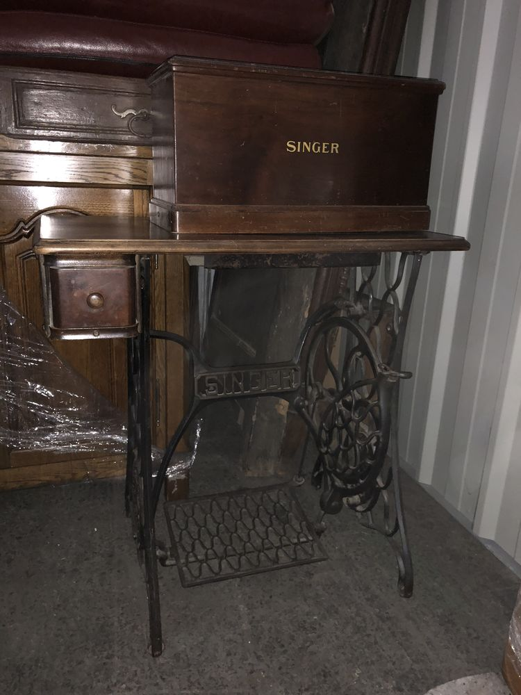 Vieille machine à coudre singer singer y7075849