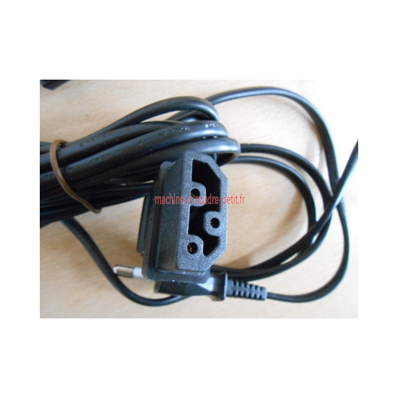 Cable machine a coudre