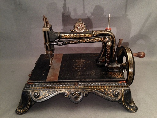 Machine a coudre de 1900