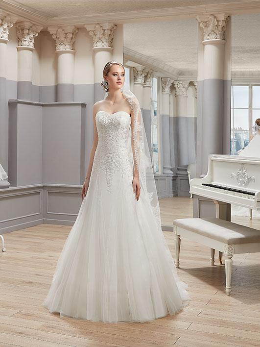 Robes de mariée en dentelle de calais