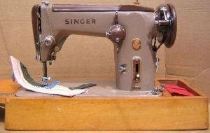 Machine a coudre singer 306k